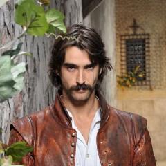 Alatriste en Telecinco, el héroe se estrena en televisión