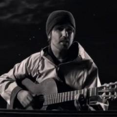 El Pescao estrena el video de 'Al otro lado del mar'
