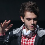Escucha 'Beatiful Now' de Zedd