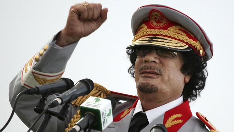 Especial dictadores en La Noche Temática Gadafi min