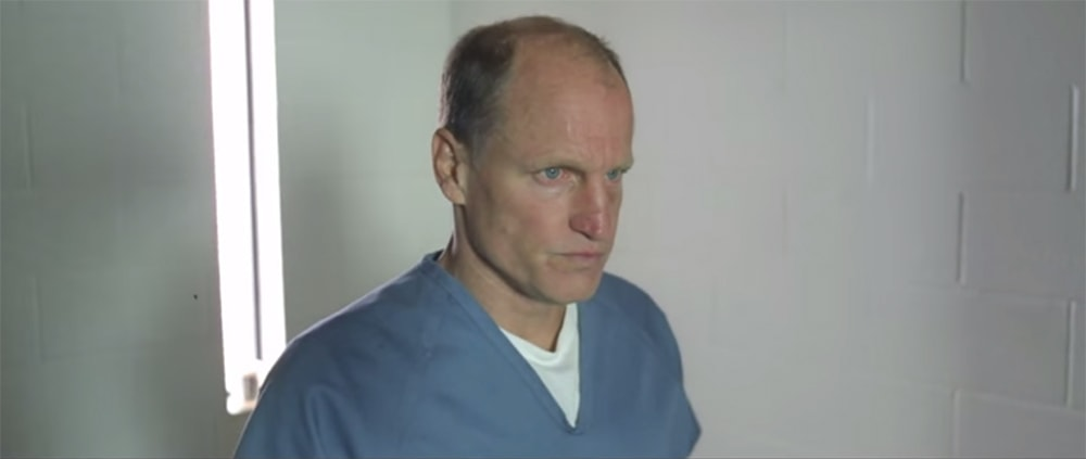 Video de Song For Someone con Woody Harrelson min