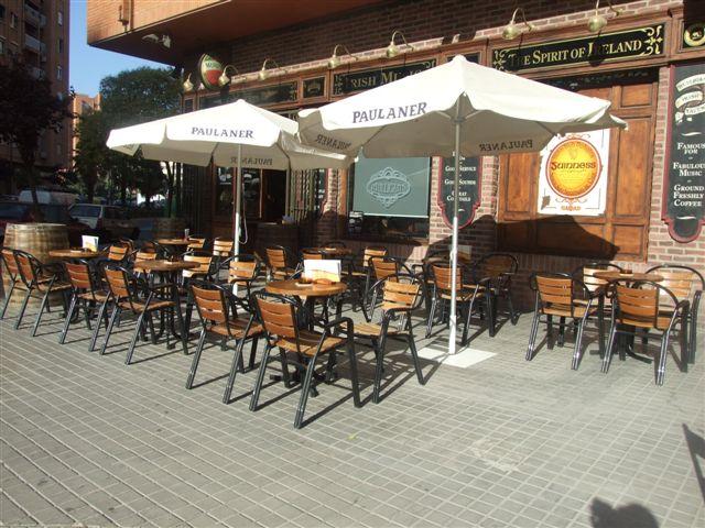 mulligans terraza2
