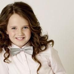 Amira, la niña prodigio de la ópera, publica 'Merry Christmas'