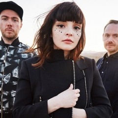 Chvrches al SOS 4.8 2016 junto a Matt And Kim
