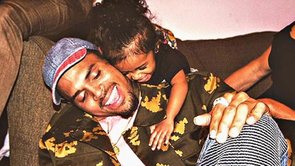 Royalty el nuevo disco de Chris Brown min