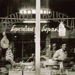 Memoria gráfica de la emigración española, exposición en el Café Moderno Afundación de Pontevedra