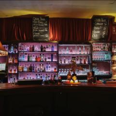 El Ahorcado Feliz Gin Club