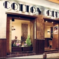 Cotton Club Café Pub