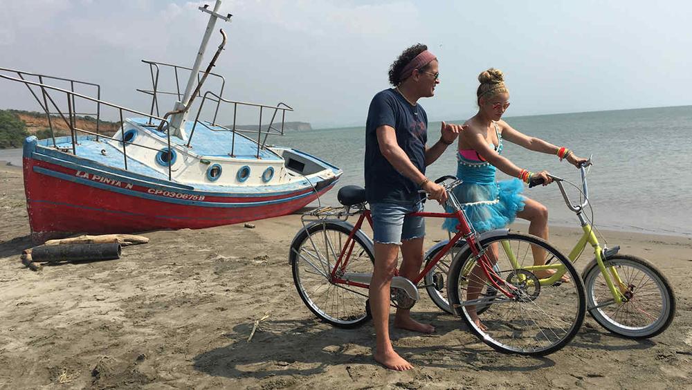 Investigan si La bicicleta es un plagio