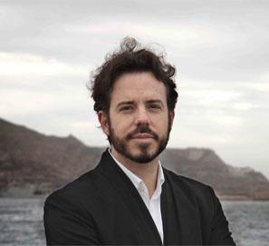 Vicente Luis Mora en las Veladas Poéticas