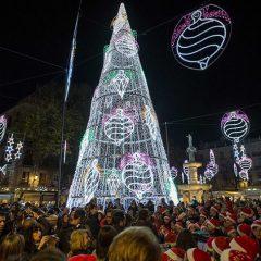 Granada estrena el alumbrado navideño este viernes con un gran espectáculo de luz y sonido en Plaza del Carmen con Estrella Morente