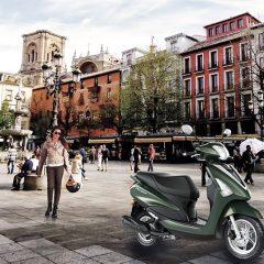 Un día cualquiera en Granada, es mejor con mi Yamaha D'elight