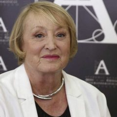 Fallece Yvonne Blake, presidenta de Honor de la Academia de Cine