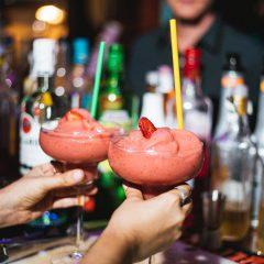 Manhattan River Bar