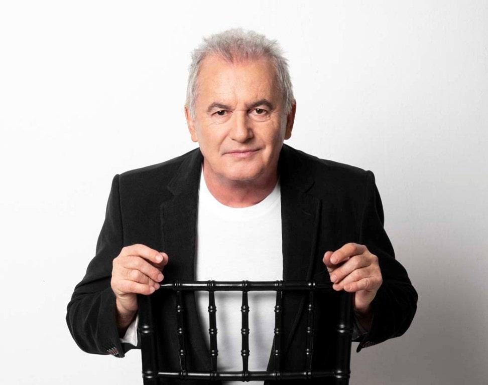 Víctor Manuel en directo en el Palacio de Festivales
