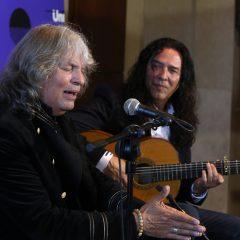 Joan Báez, Paul Anka y José Mercé, en el Universal Music Festival