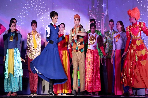 Supercalifragilístico, el musical (Tributo a Mary Poppins) en el Hangar