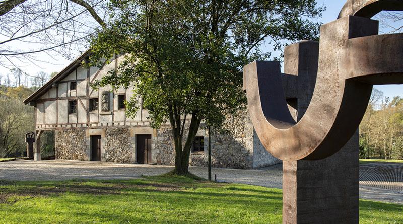 Conexión de paisaje y arquitectura en Chillida Leku