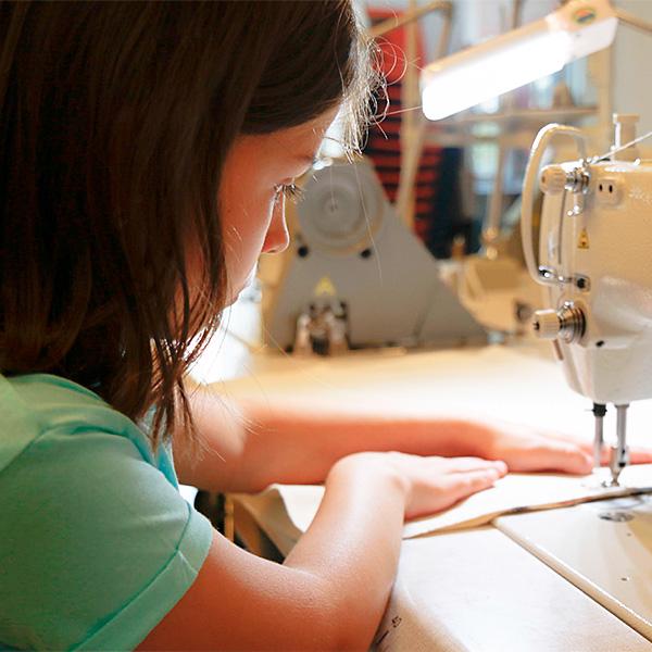 IED Madrid: La creatividad viene en frascos pequeños en Flor Alta