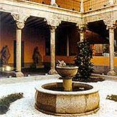 Talleres del Museo de los Orígenes en Plaza de San Andrés en Madrid