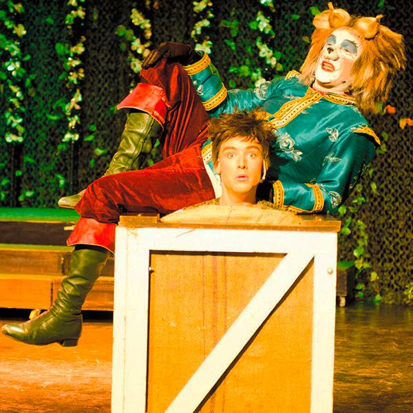 El gato con botas, el miaaauuuu…sical en Box Cartuja en Sevilla