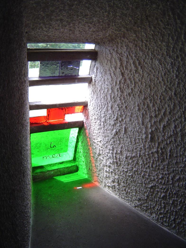 Ruido blanco en el Centro José Guerrero