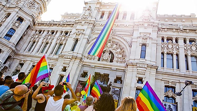 Celebraciones del Orgullo gay en Madrid Imagen extraída de: https://www.laguiago.com/espana/ultimo-fin-de-semana-del-orgullo-lgbt-en-madrid