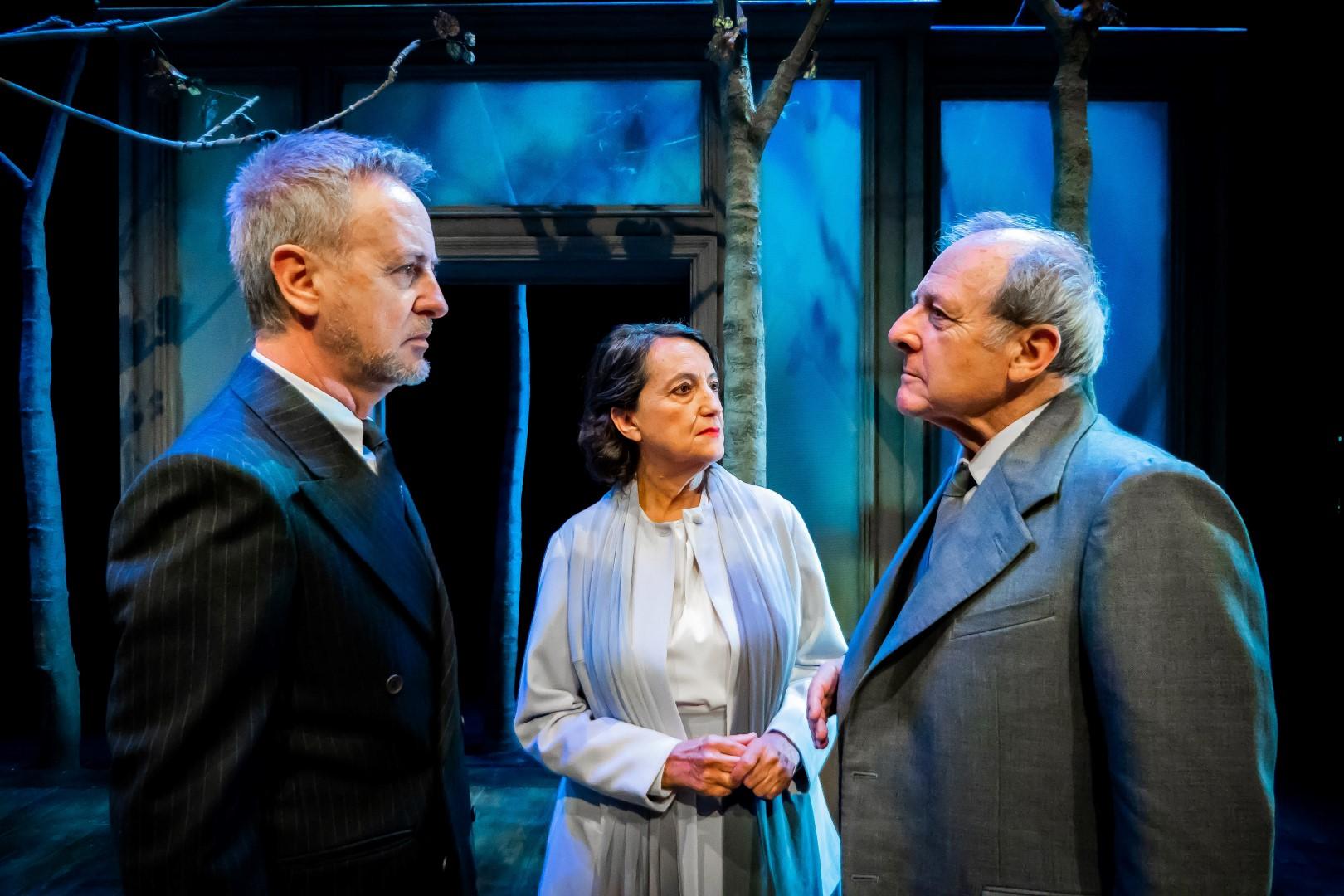 Emilio Gutiérrez Caba y Carlos Hipólito protagonizan Copenhague en el Teatro Cervantes de Málaga