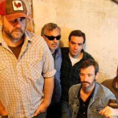 McENROE presenta su disco «La Distancia» en Pontevedra