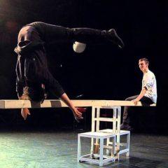 Koletiv Lapso Cirk 'Ovvio' en el Teatro Principal