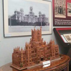 Centenario del Palacio de Comunicaciones en Museo Postal y Telegráfico en Madrid
