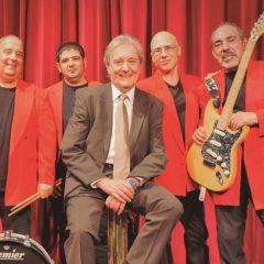 Los Mustang con Santi Carulla en directo en Torrelavega