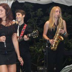 Samu y Raquel en directo en Albarrio