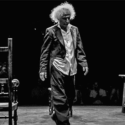 Dos tablas y una pasión en Teatro Isabel La Católica en Granada con El Brujo