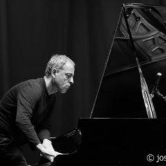 Albert Bover Trío, concierto de jazz en la casa de Arriba