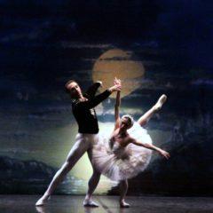 El Lago de los Cisnes , en el Gran Teatro de Córdoba