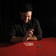 El mago Luis Olmedo presenta Perspectiva en La Cochera Cabaret de Málaga