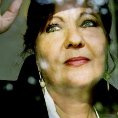 Carmen Linares presenta 40 años de Flamenco en el Teatro Cervantes de Málaga