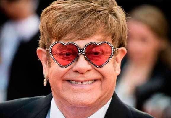 Elton John se queda sin voz en directo