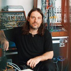 Alessandro Cortini (show a/v) en el Centro Botín