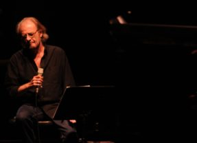 Muere el cantautor Luis Eduardo Aute