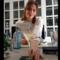 Raquel, de La Bóveda, nos enseña a preparar un Dry Martini