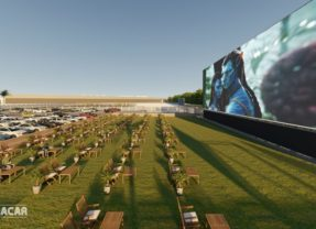 Cinemacar, un nuevo concepto de ocio llega a Alicante con la pantalla de cine más grande de Europa