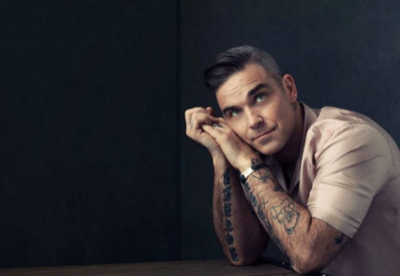 Robbie Williams presenta un concierto benéfico en Streaming