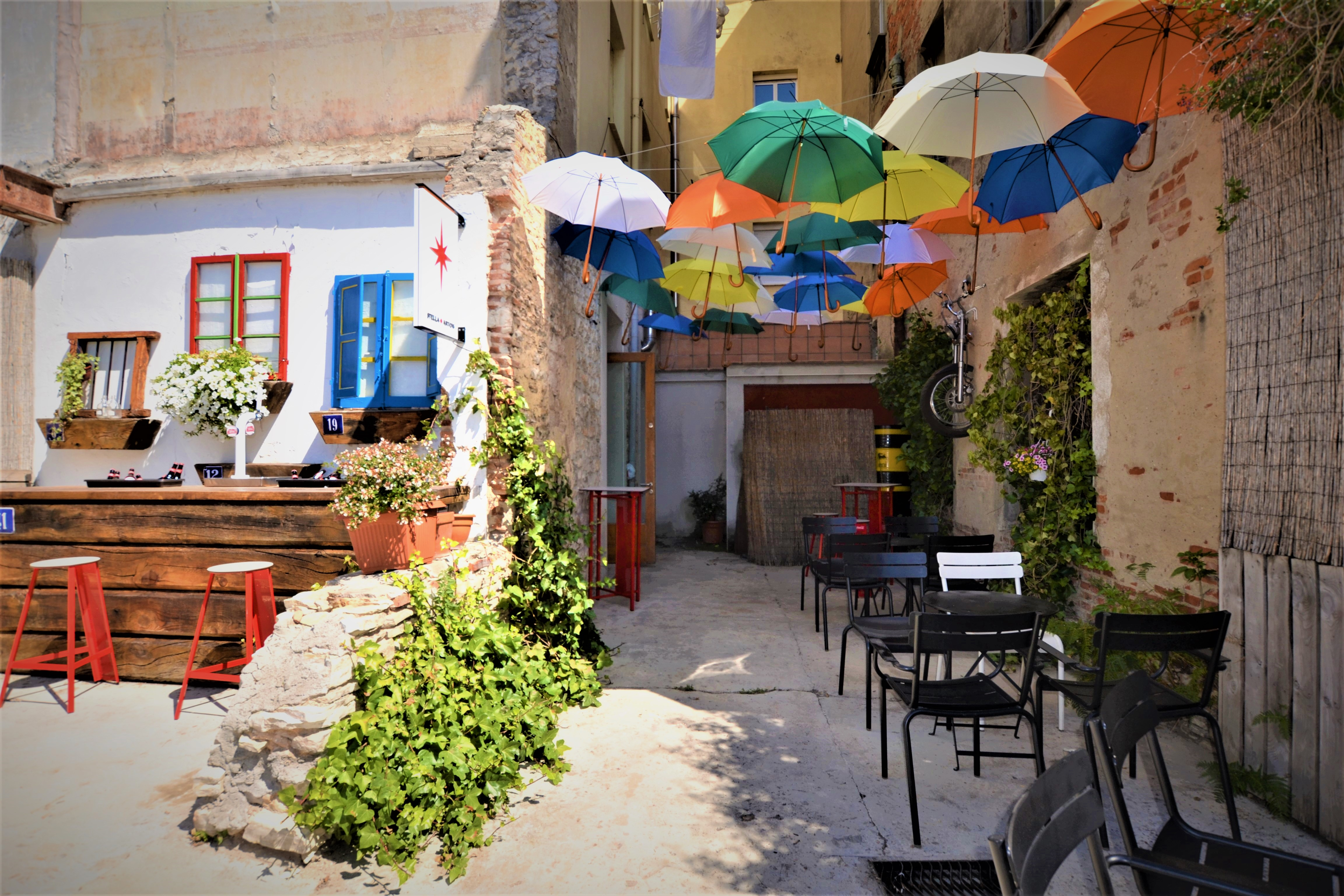 Terraza Carmen 13. Bares y restaurantes en fase 1