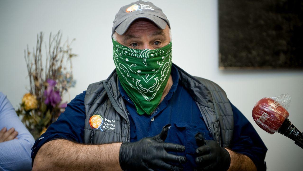 El chef José Andrés agradece el trabajo de los voluntarios coruñeses