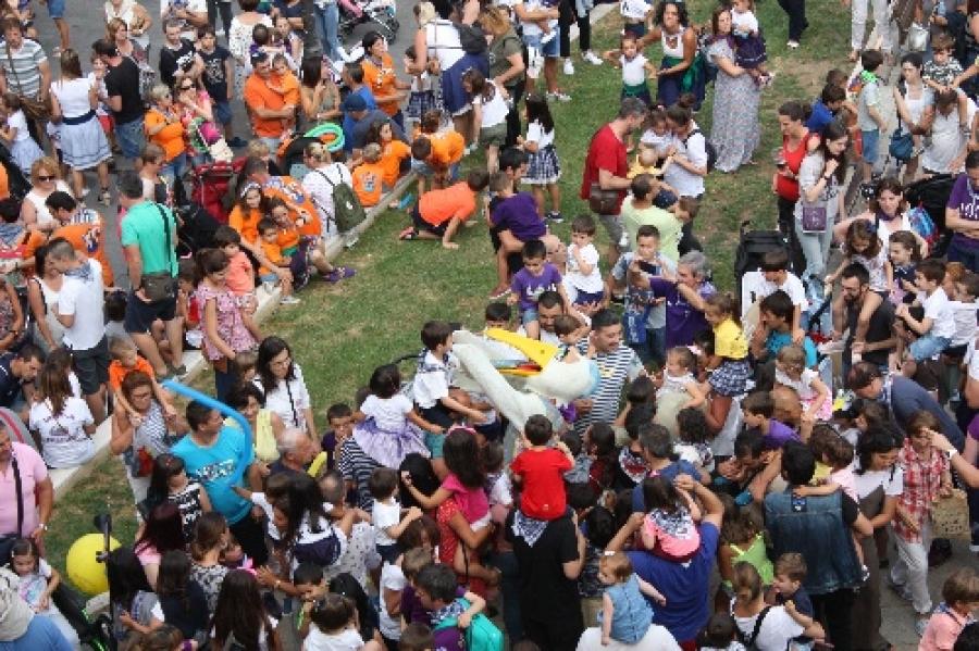 Actos simbólicos y actuaciones para sustituir a las fiestas de El Carmen