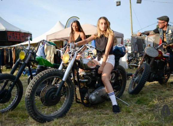 Motorbeach Fest en Valdoviño: surf, motos & rock and roll
