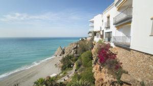 Playa_de_Carabeo_Nerja_Malaga