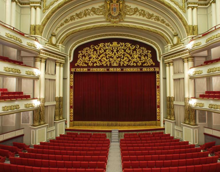 Afundación presenta su programación de teatro